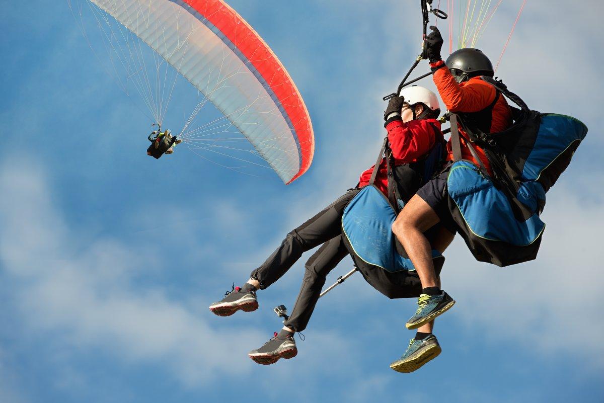 Hawaii Paragliding - Exotic Estates