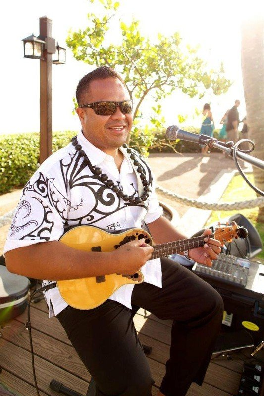 Private Musician, Ukulele Singer, Maui Musician, Exotic Estates, Vacation Rentals