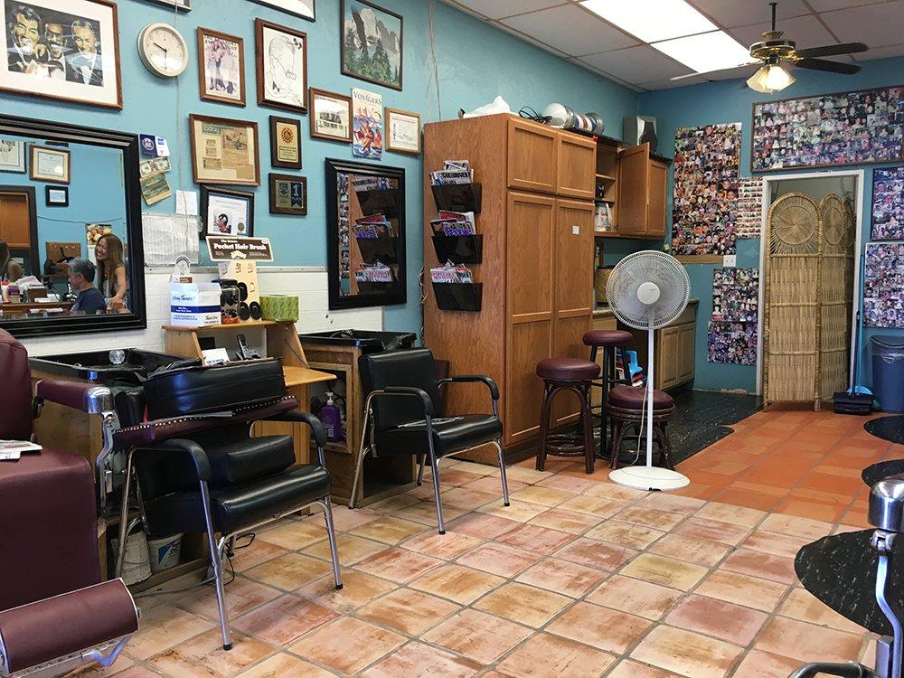 Hannan's Barber Shop, Big Island Barber Shop, Exotic Estates, Vacation Rentals
