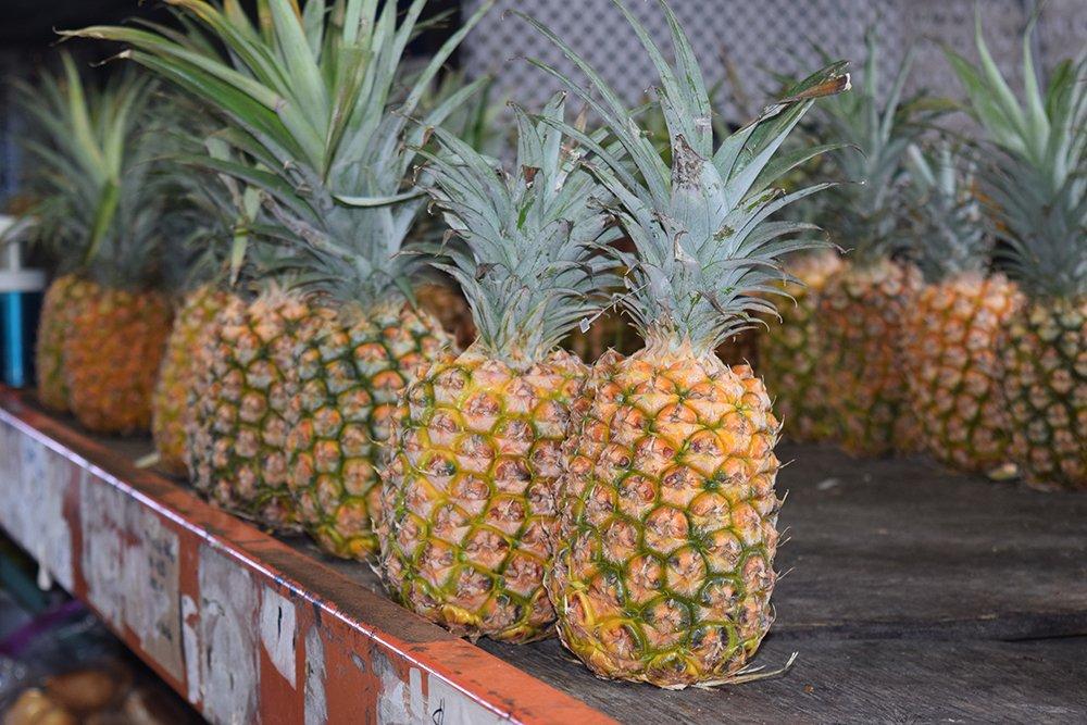 Kona Farmers Market, Fresh Pineapple, Exotic Estates, Vacation Rentals