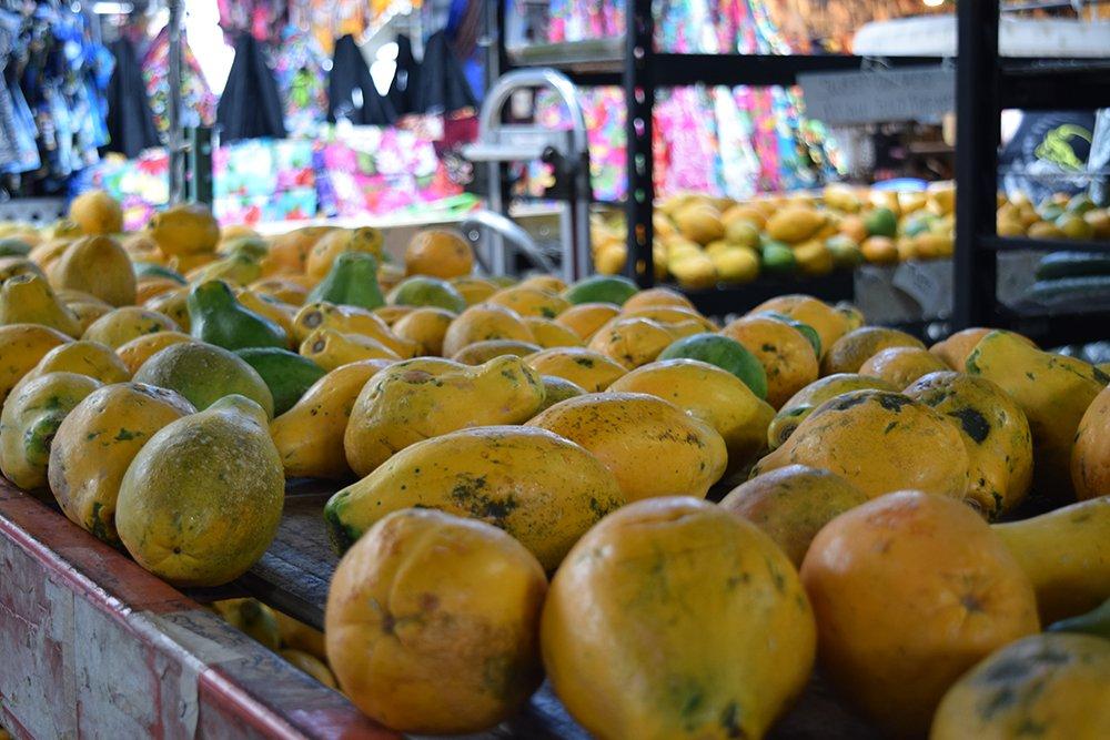 Kona Farmers Market, Fresh Fruit, Exotic Estates, Vacation Rentals