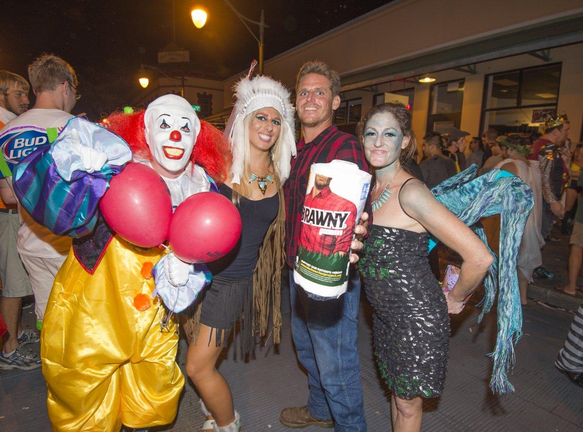 Halloween Maui, Maui Halloween Costumes, Exotic Estates, Vacation Rental