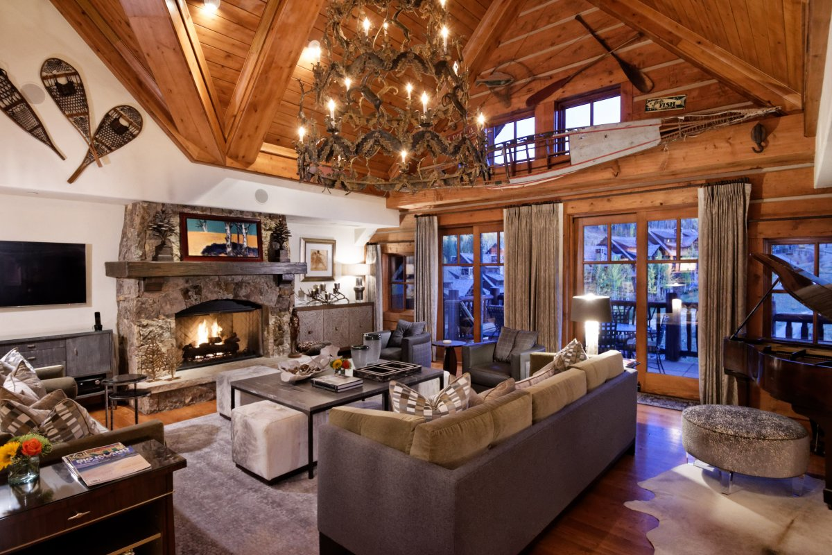 Colorado Mountain Ski Villa, Ski in Ski Out Villa