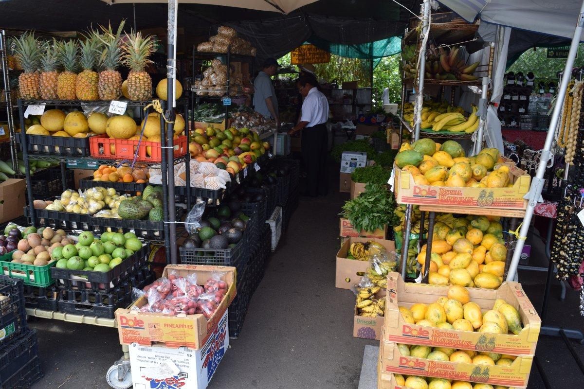 Hawaii Produce - John Di Rienzo