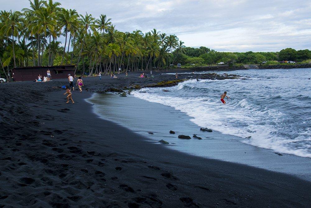 Punaluu Black Sand Beach - Shore break - John Di Rienzo