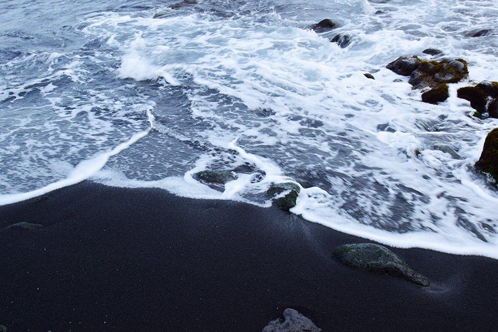 Punaluu Black Sand Beach - Black Sand Shoreline - John Di Rienzo