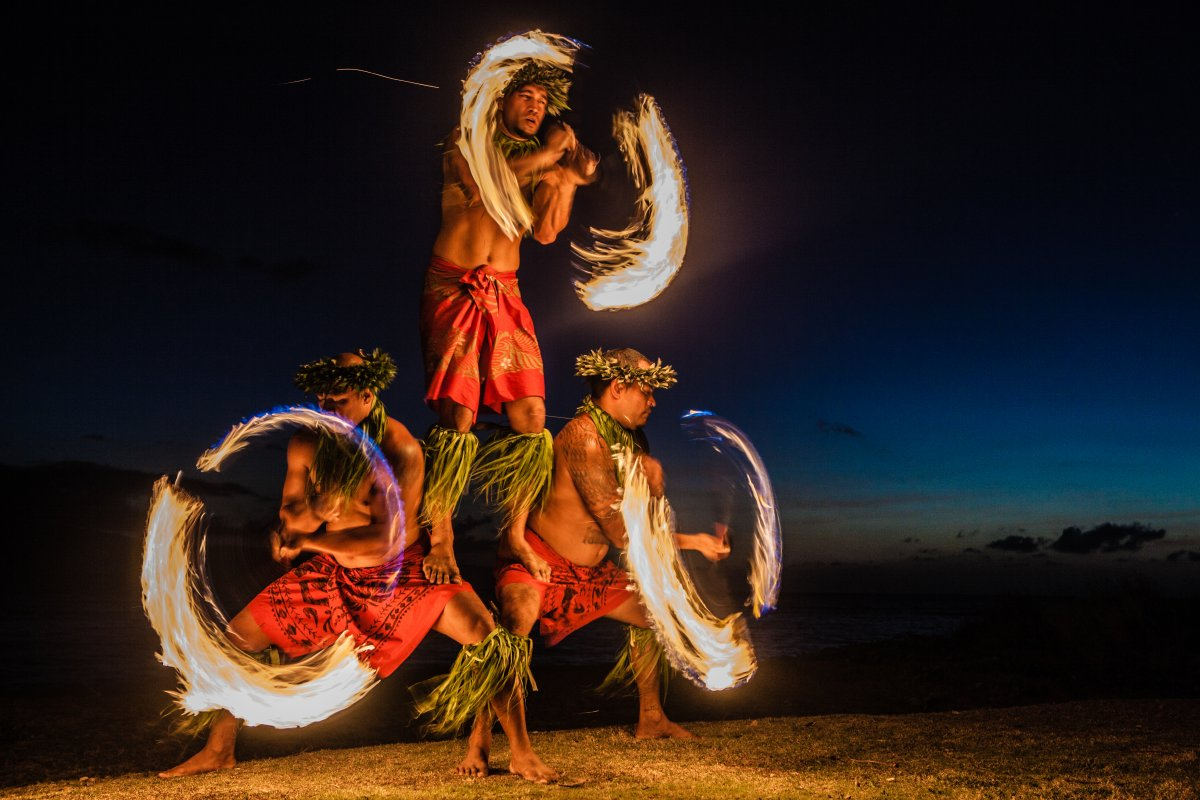 Hawaiian Fire Dancers - Exotic Estates