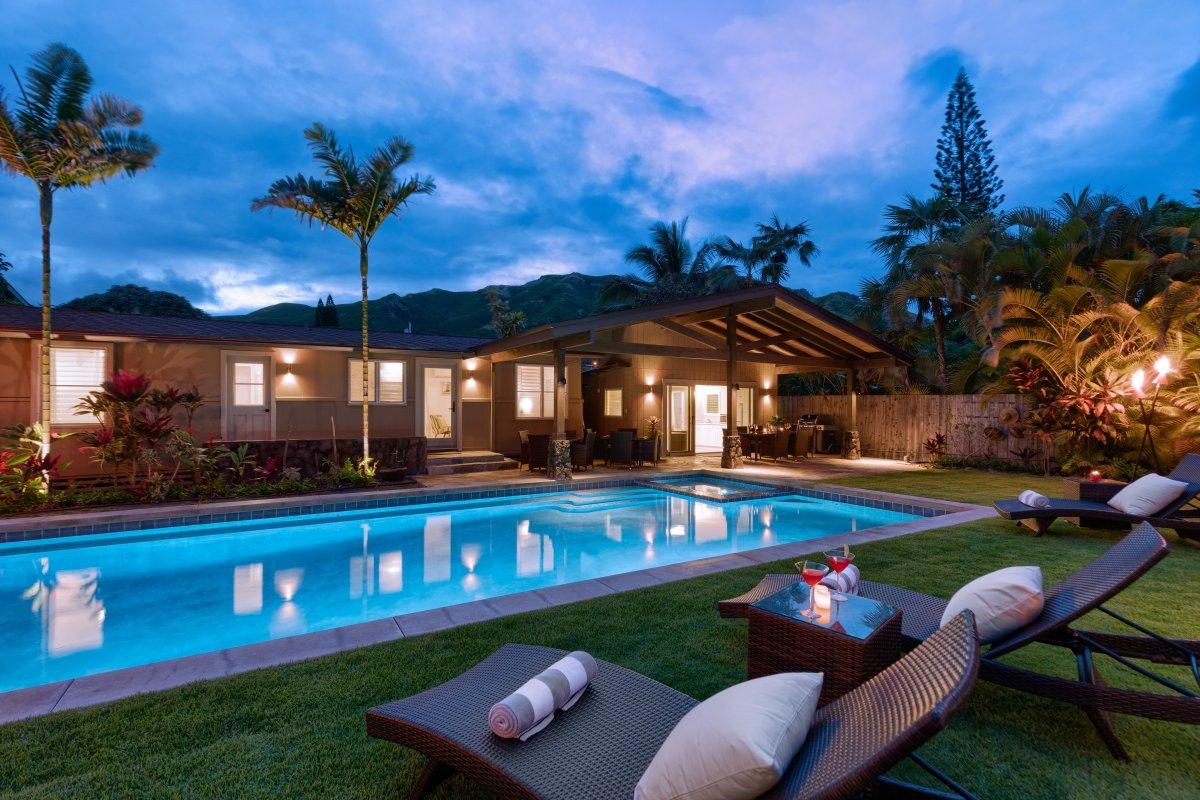 Hale Mokulua Oahu Villa Rental