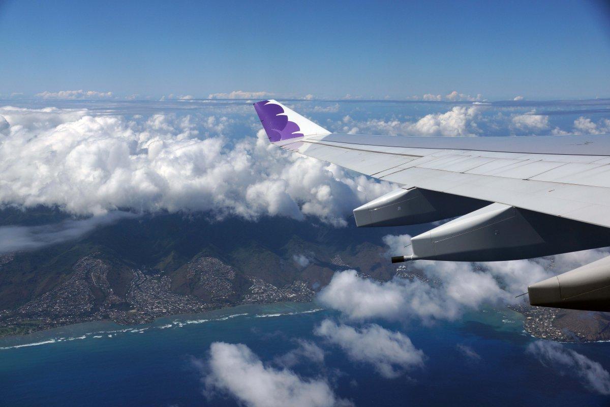 Hawaiian Airlines Flying To Hawaii