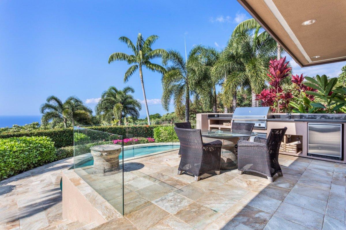 Hokulia Estates - Big Island Luxury Real Estate