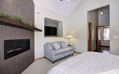 Peak View Lodge